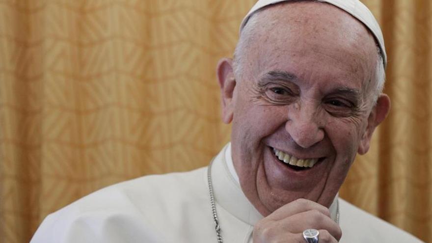 El papa dice que no tiene intención de inmiscuirse en asuntos de los Estados