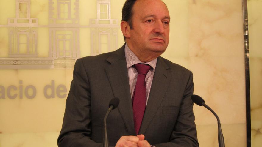 """El presidente de La Rioja tacha de """"calumnias"""" las acusaciones del PSOE sobre su finca de Villamediana"""