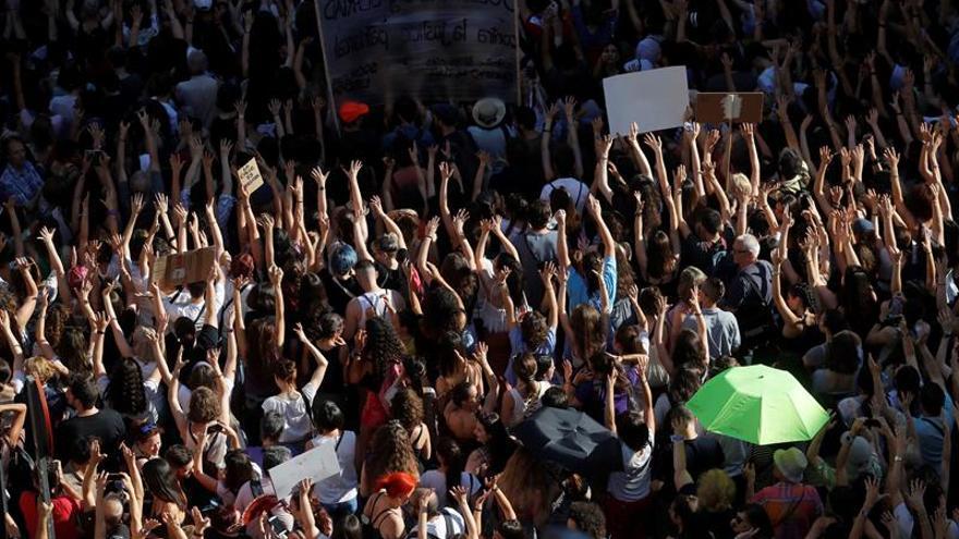 """750 jueces presentan queja ante """"presión social"""" contra el tribunal de La Manada"""