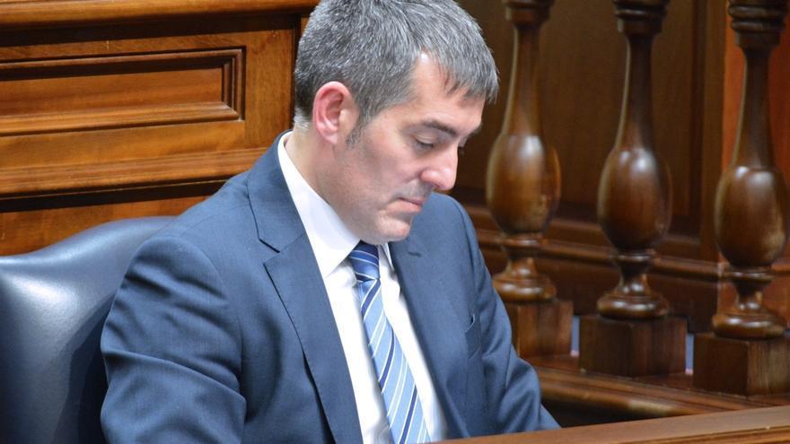 PSOE,NC y Podemos piden la comparecencia urgente de Clavijo ante el Parlamento canario para tratar la crisis de Gobierno