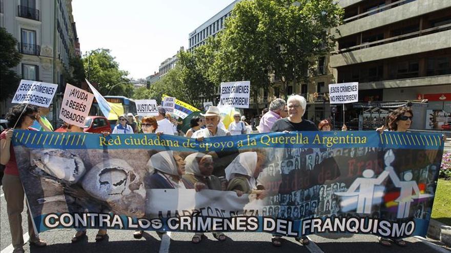 Afectados por el robo de bebés demandan ayuda de Gobierno, Justicia e Iglesia