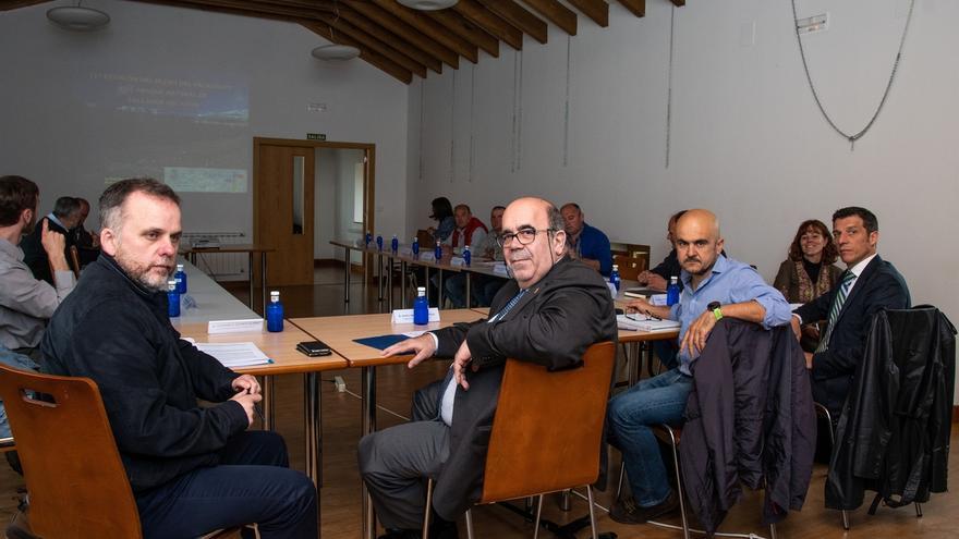 Medio Rural adecuará un vial de acceso a viviendas en el pueblo de Asón