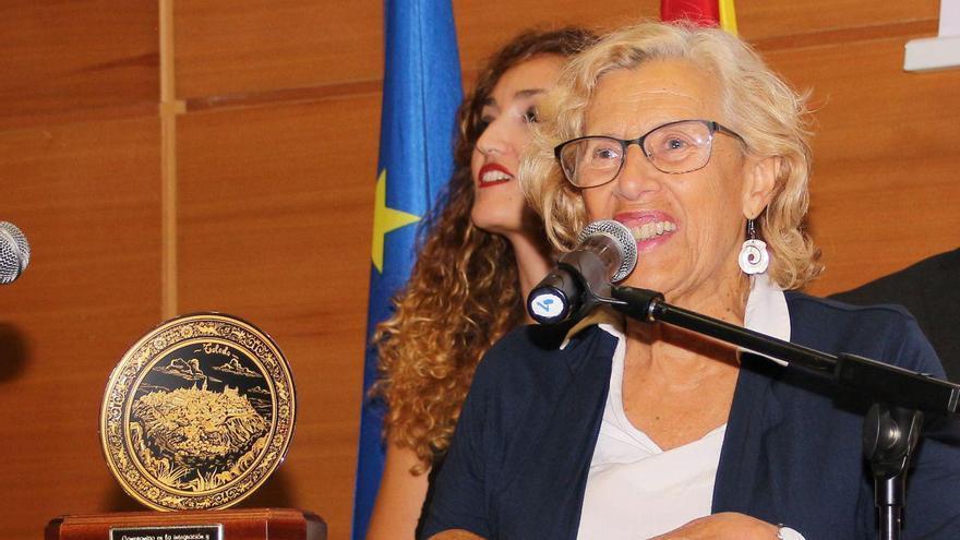 Manuela Carmena recibe el premio del Foro Toledo Cultura de Paz