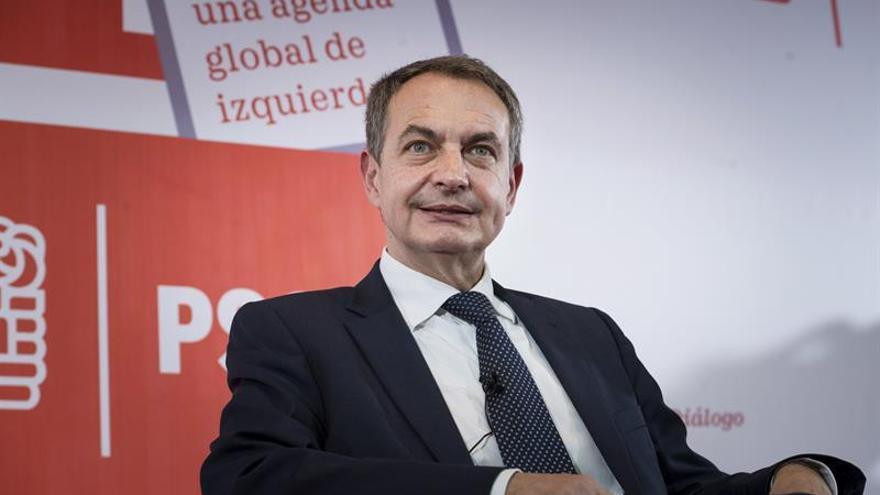 """Zapatero ve """"buenas noticias"""" la intención de ETA de avanzar en su desarme"""