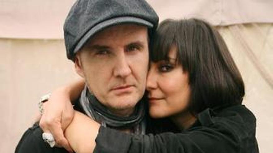 Juan Aguirre y Eva Amaral, del grupo Amaral