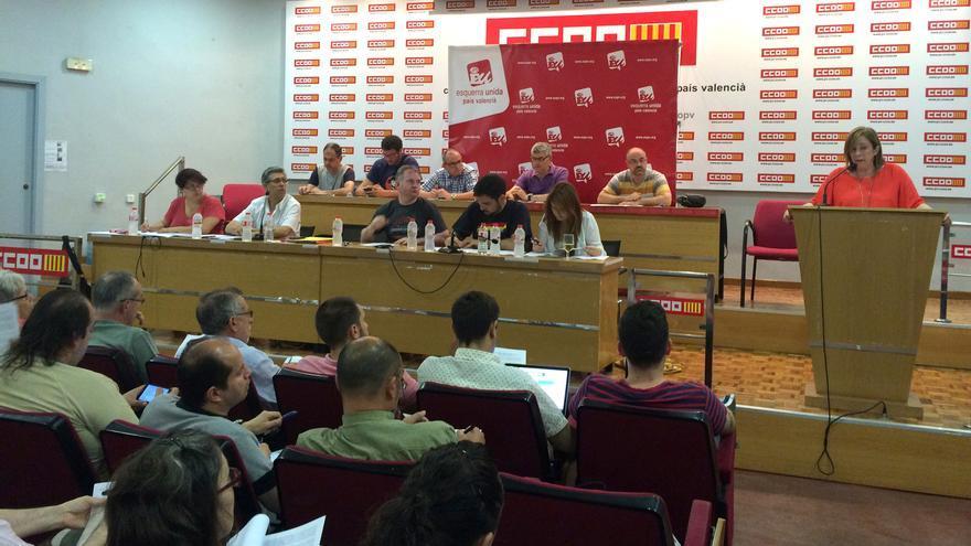 Marga Sanz interviene en el Consell Polític de Esquerra Unida