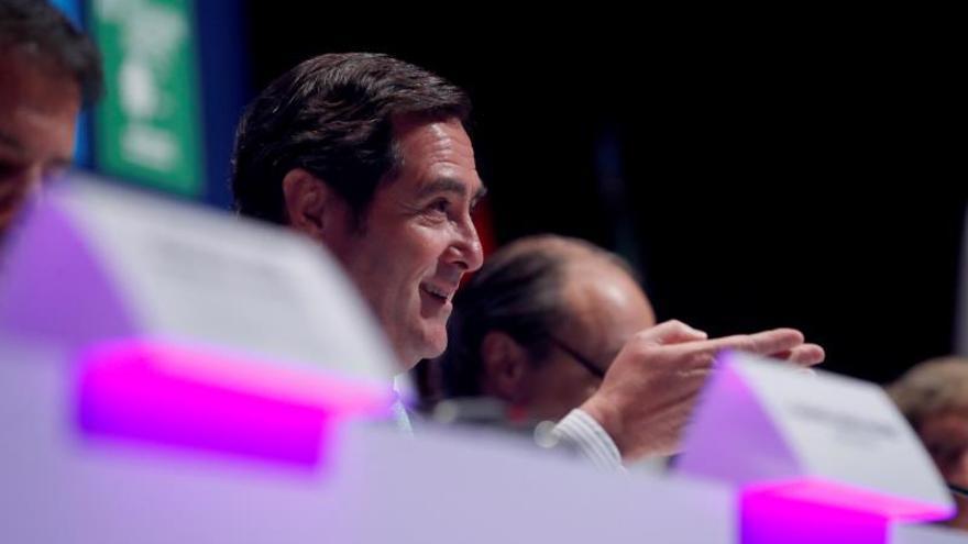 El presidente de la CEOE, Antoio Garamendi, en la primera asamblea general de la CEOE que lidera.