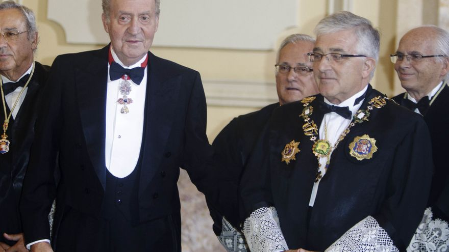 La carta del Rey fue una iniciativa del monarca, quien consultó con Rajoy y le pareció bien
