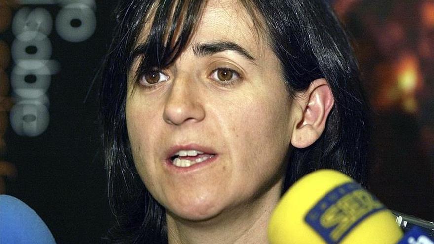 """Greenpeace protesta contra el Almacén Temporal Centralizado con """"bidones radiactivos"""" en la Puerta del Sol"""