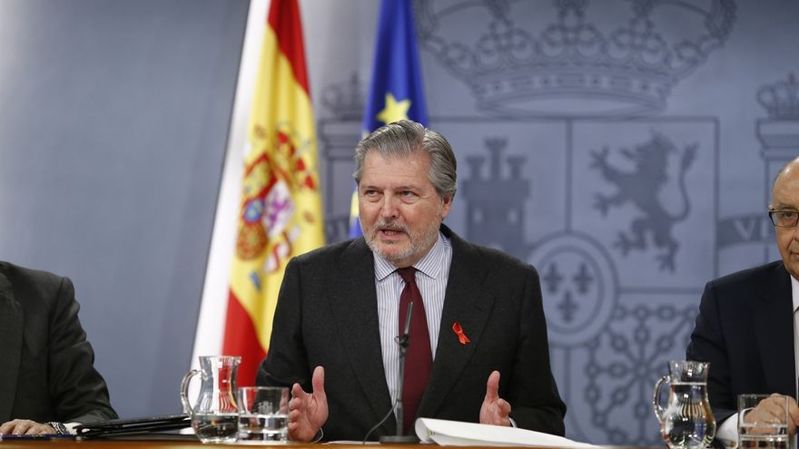 """Méndez de Vigo ve """"sorprendente"""" que un juez prohíba publicar 'Football Leaks' y cree que no tendrá efecto"""
