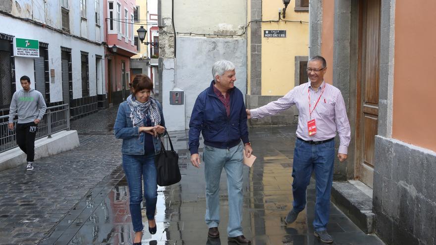 El secretario del PSOE en Canarias José Miguel Pérez en la jornada electoral. (Alejandro Ramos)