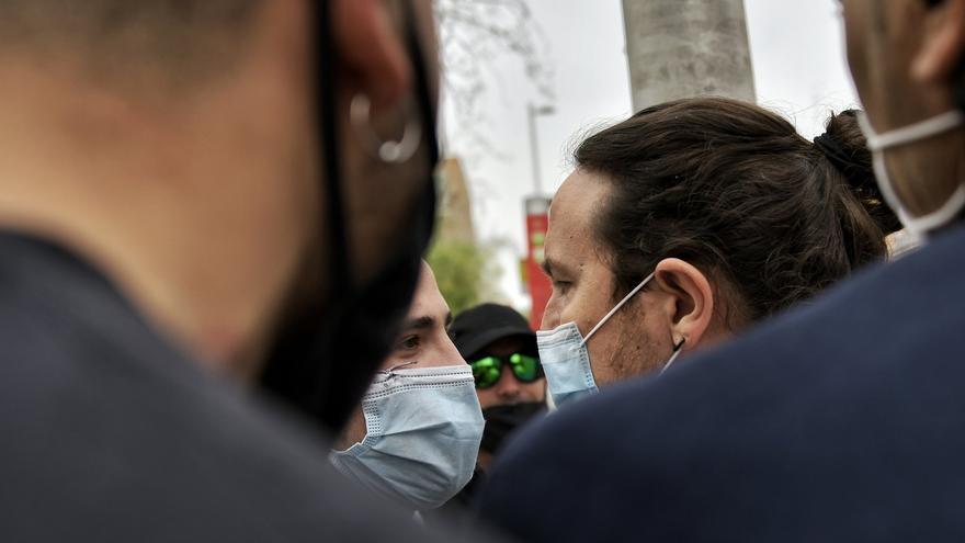Imagen de archivo en la que Pablo Iglesias se encara con un ultraderechista en Coslada.