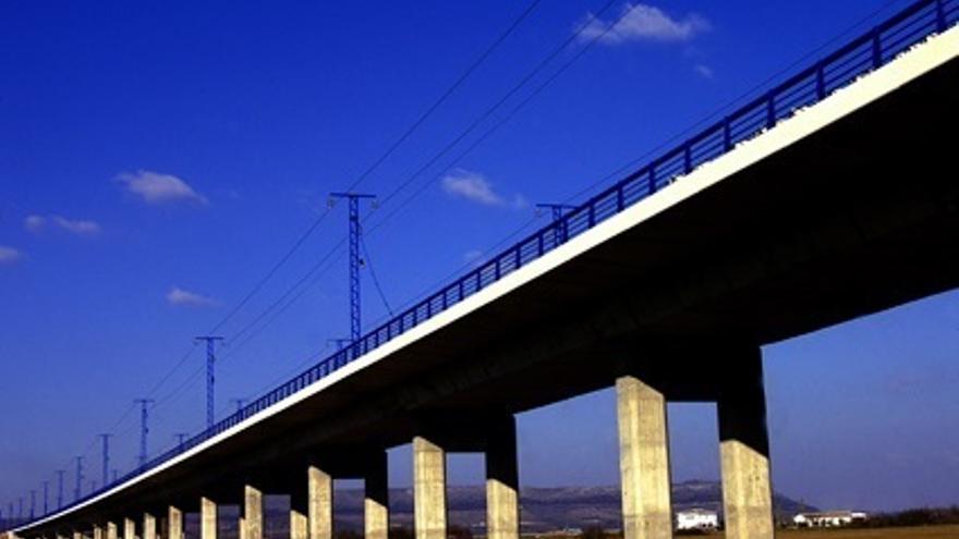 Adif encarga informes periciales ante las reclamaciones presentadas por constructoras del AVE