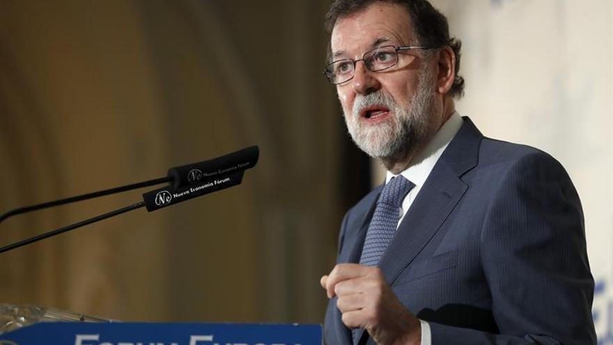 "Rajoy ve ""absurdo"" pretender que Cataluña salga de la UE"