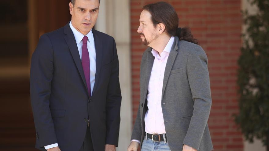 """Iglesias cree tras reunirse con Sánchez que el Gobierno no va a tomar medidas excepcionales y pide """"desinflamar"""""""