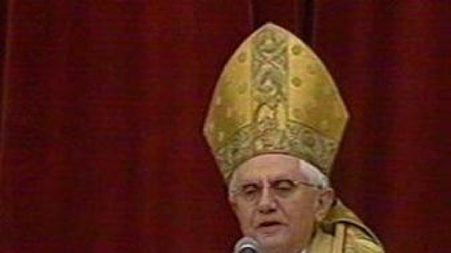 """Benedicto XVI dice que """"optar"""" por Cristo """"asegura la paz y la alegría"""""""