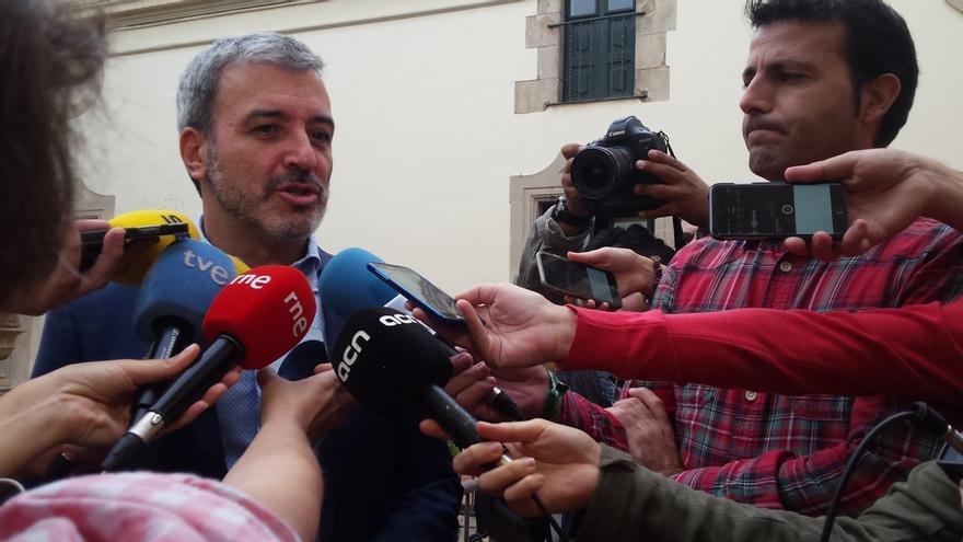 Collboni dice que el Govern ha incluido locales unilateralmente y que respetarán el informe jurídico