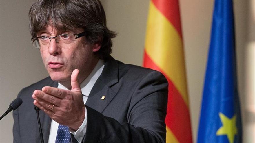 """Puigdemont cifra coste del 1-O en """"mil heridos y 314.000 euros en destrozos"""""""