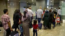 Fotografía facilitada por el Ministerio del Interior de la llegada el pasado 28 de junio al aeropuerto Adolfo Suárez-Madrid Barajas de .