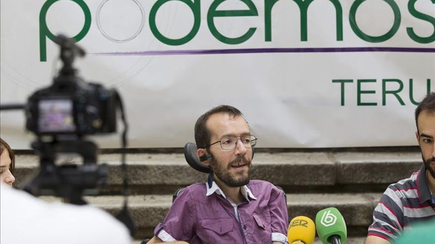 "Echenique tilda de ""insulto a la inteligencia"" ciertos ataques a Podemos"
