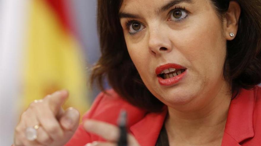 El Gobierno responde a Aznar que cumplirá con el déficit del 3,7 % en 2016