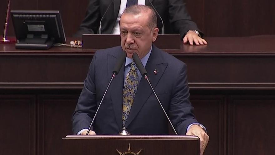 El presidente turco Recep Tayyip Erdogan ha comparecido este martes en el Parlamento de Ankara