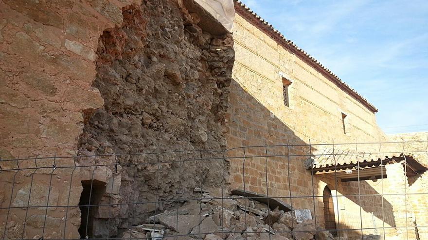 Derrumbe de la muralla del Castillo de Peñarroya, Ciudad Real. 20/11/14