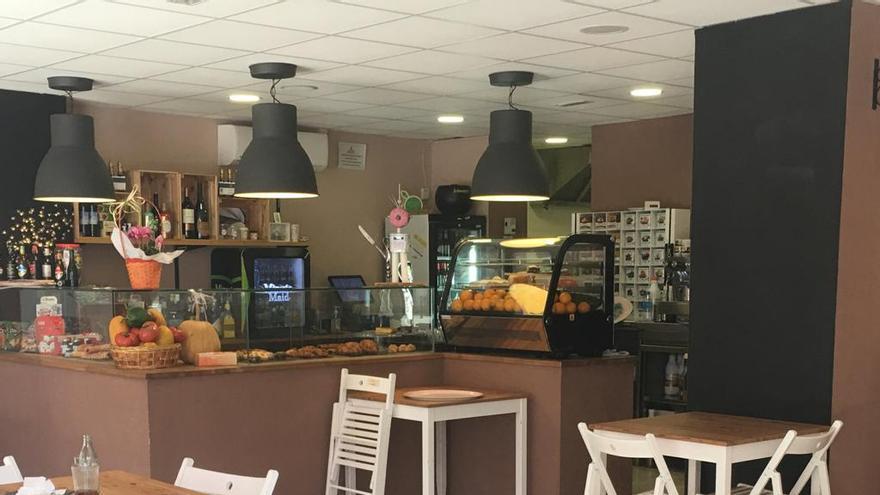 Interior Cafetería Breads&Sweets, en San Sebastián de La Gomera.
