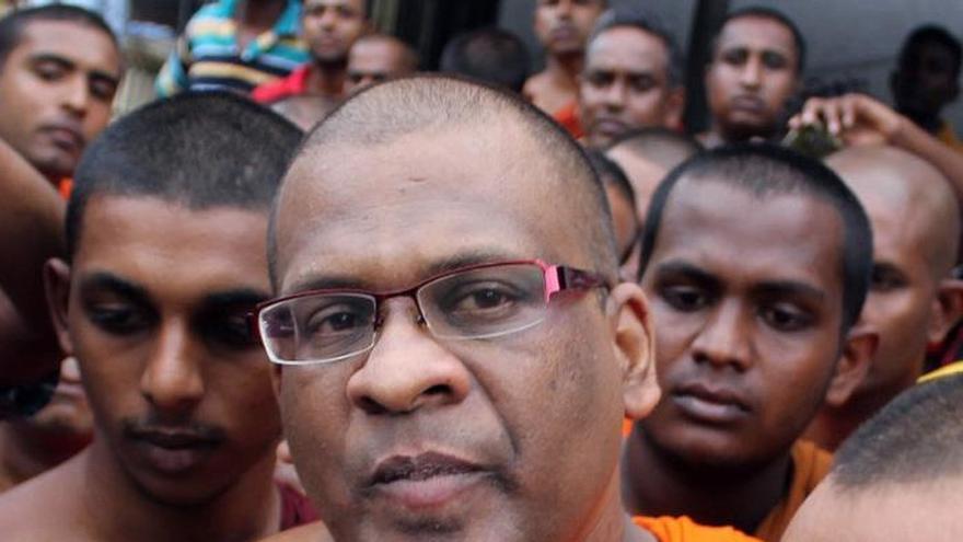 Condenado a 6 meses de prisión un monje radical esrilanqués por intimidación