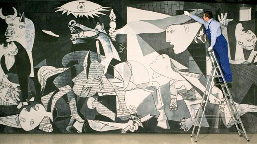 """El Parlamento Vasco pide el traslado a Euskadi del """"Guernica"""" de Picasso"""