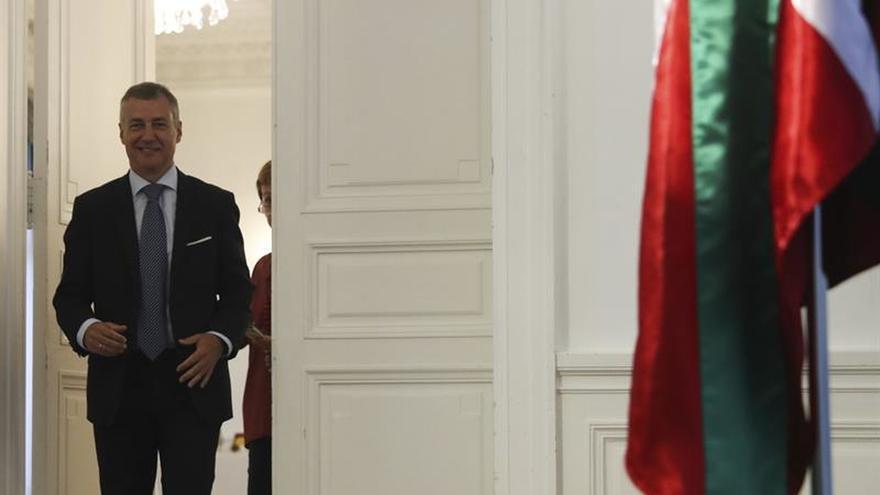 Urkullu:El Gobierno debería abrir la puerta a una solución política negociada