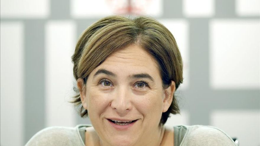 Barcelona pone 12 multas a bancos y amplía ayudas al alquiler para evitar desahucios