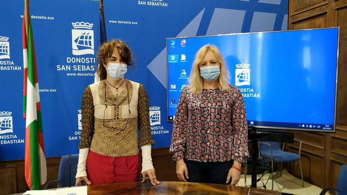 Aitzole Araneta y Marta Huarte en la rueda de prensa de esta mañana.