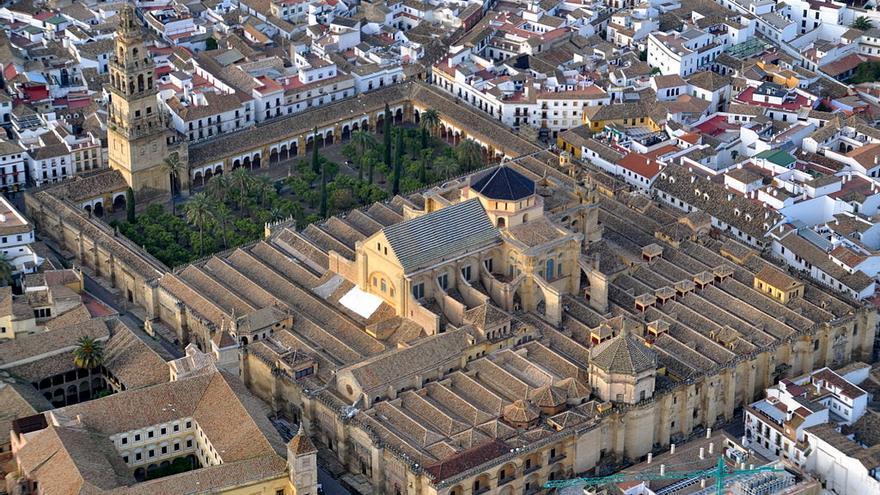 Vista-aerea-mezquita-catedral-Cordoba_EDIIMA20171110_0591_4.jpg
