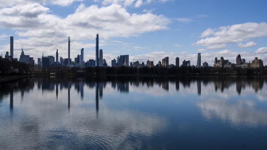 En la imagen una vista del horizonte del Central Park en Nueva York.