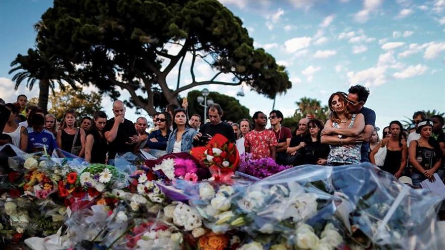 Francia prosigue la investigación sobre las motivaciones del atentado de Niza