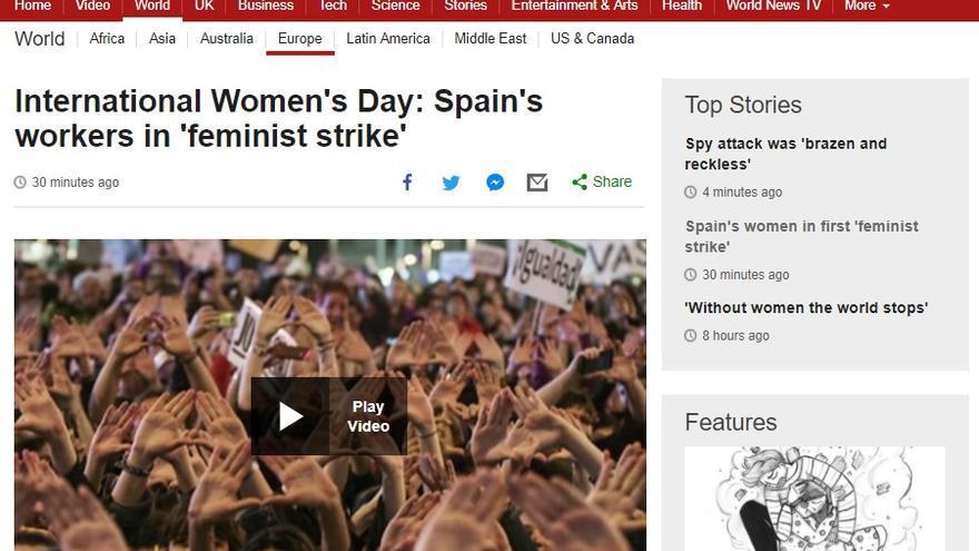 Información de la cadena británica BBC sobre la huelga feminista en España.
