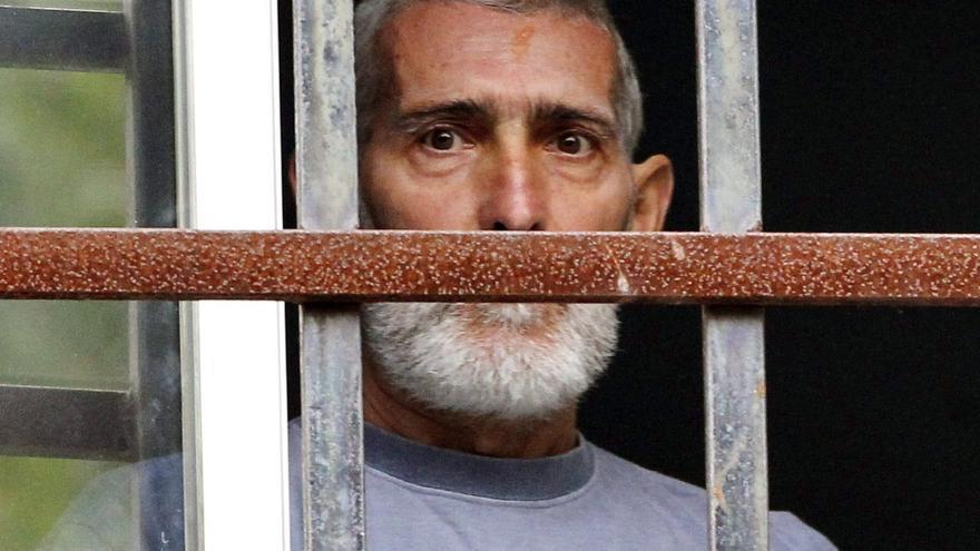 Pons dice que la libertad de Uribetxeberría le revuelve las tripas, pero se ajusta a la ley