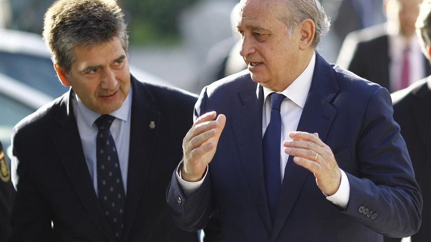 """Fernández Díaz dice que el relevo del jefe de Asuntos Internos no es una degradación, """"aunque no lo parezca"""""""