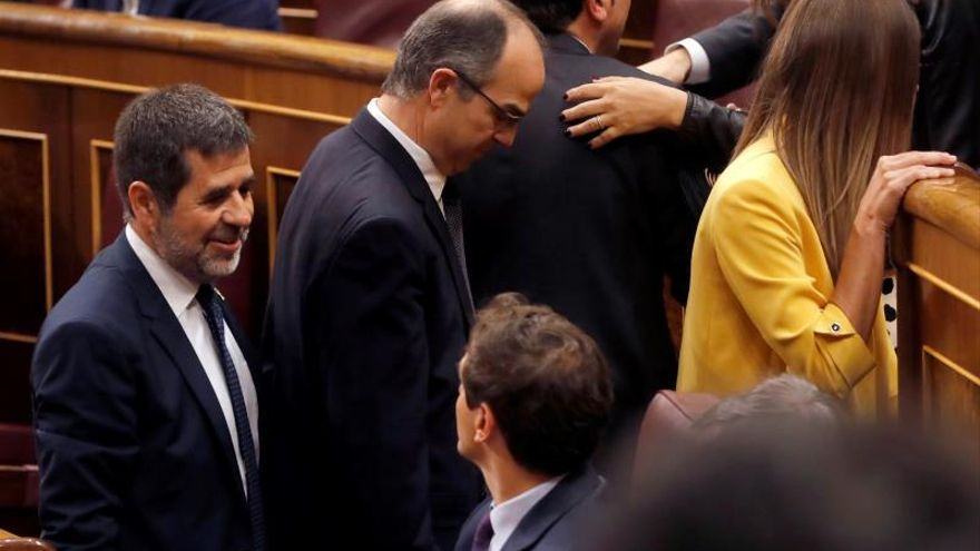 La decisión de los diputados presos de JxCat de no renunciar a sus actas allana la investidura de Sánchez