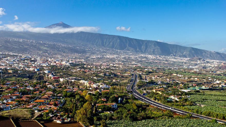 El Valle de La Orotava y el Teide desde el Mirador de Humboldt.