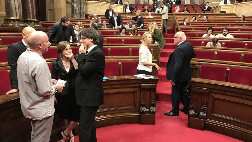 Puigdemont, Junqueras y Mas arroparán a Forcadell antes de declarar ante el TSJC