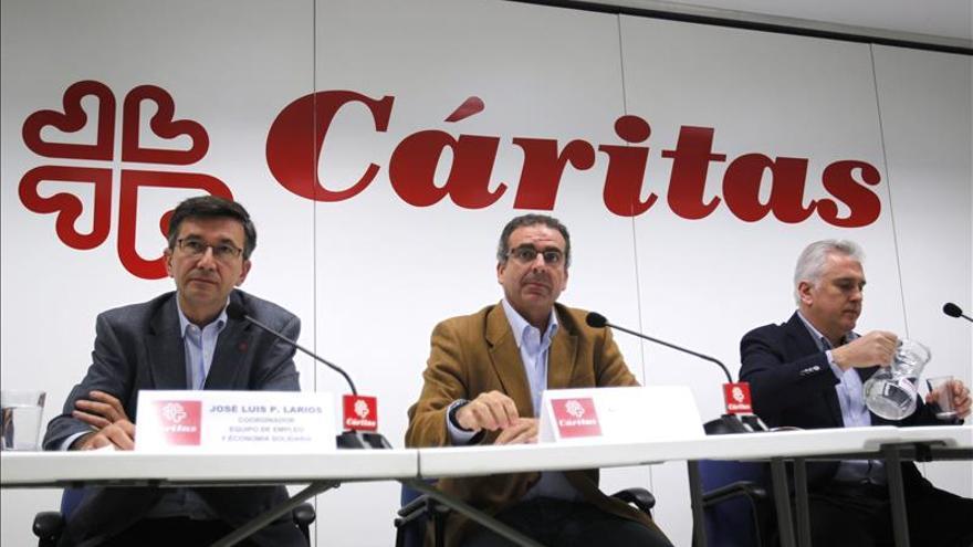 Cerca de 71.000 personas acudieron en busca de empleo a Cáritas en 2014