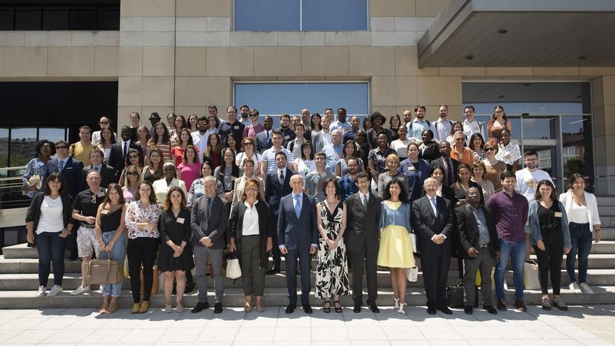 Un total de 110 alumnos participan en los Cursos de Derecho Internacional y Relaciones Internacionales de Vitoria
