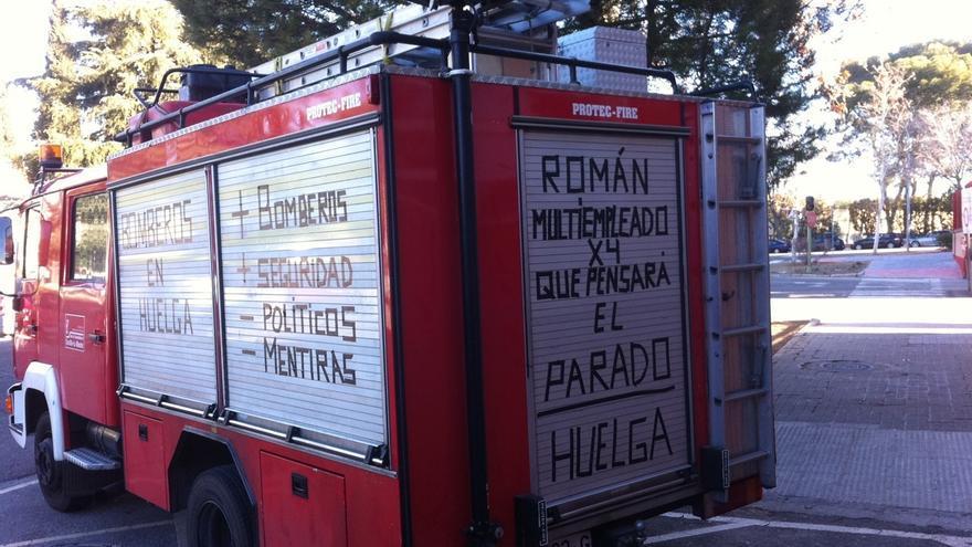 Camión de bomberos en Guadalajara con mensajes de huelga / Foto: La Calle Guadalajara