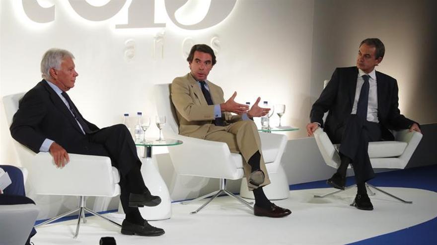 """Aznar afirma que la dinámica independentista acabará """"demoliendo"""" Cataluña"""