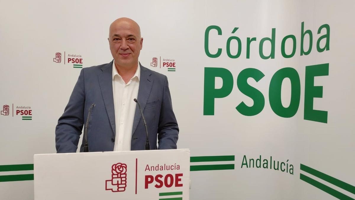 Antonio Ruiz, en la sede del PSOE