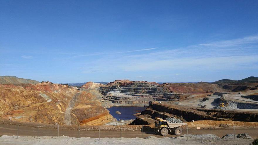 Mina de cobre en Río Rinto / I. Blanchart.
