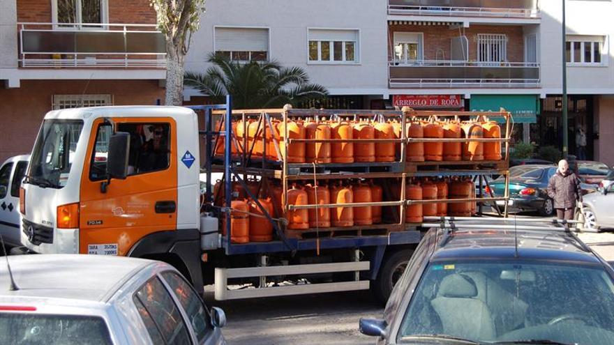 La bombona de butano arranca el año con un alza del 5 % y costará 12,89 euros