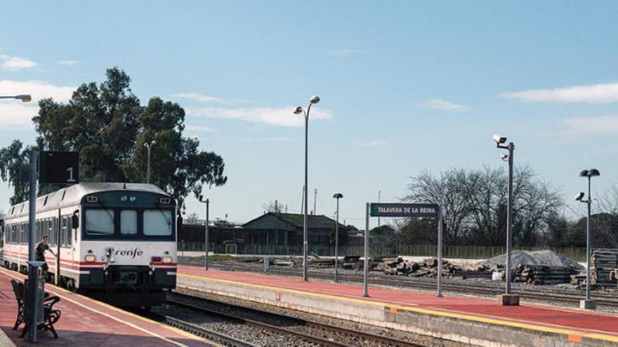 Estación de tren de Talavera de la Reina / Ayuntamiento